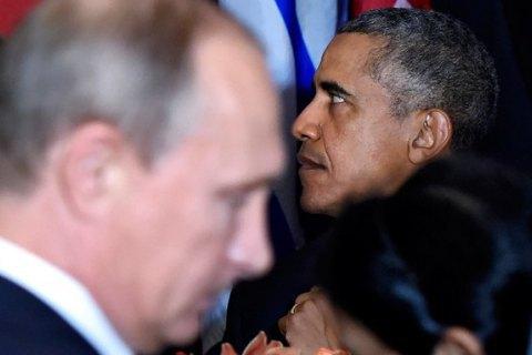 Путін таОбама говорили вПарижі про Мінські угоди