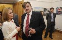 БЮТ возмущен: у Киселева будут говорить о Тимошенко без Тимошенко