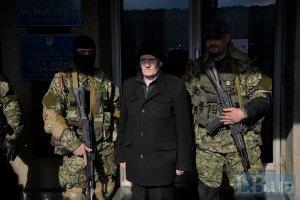 США та ФРН закликали Москву допомогти звільнити заручників у Слов'янську
