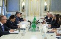 Порошенко призвал Германию и Францию не признавать легитимность выборов в Госдуму РФ в Крыму