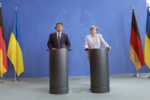 Меркель не побачила передумов для проведення виборів на Донбасі
