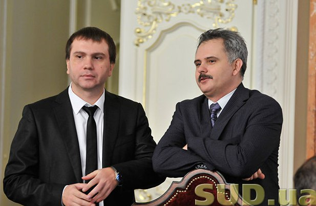 Павло Вовк(зліва) и новопризначений член ССУ Руслан Арсирій