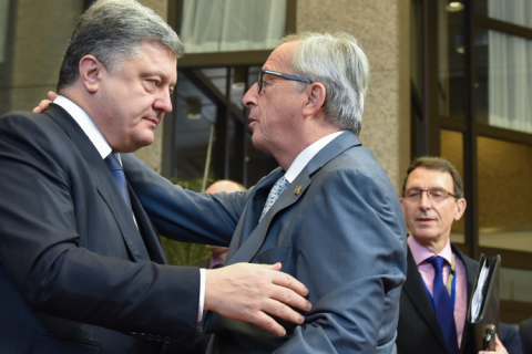 Еврокомиссия обещает внести предложение по безвизовому режиму в апреле