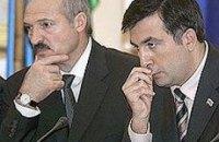 Саакашвили тайно встречался с Лукашенко на юбилее у Януковича