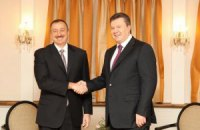 Янукович в понедельник проведет встречу с президентом Азербайджана