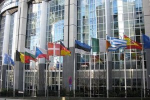 """Европарламент планирует осудить давление России  на страны """"Восточного партнерства"""""""