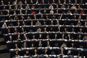 Европарламент принял резолюцию о продлении санкций против России