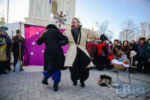 Народные избранники предлагают сделать Рождество 25декабря выходным днем