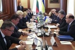 Украина и Литва подписали дорожную карту развития стратегического партнерства