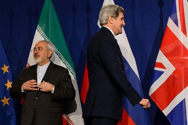 Мохаммед Зариф и госсекретарь США Джон Керри в Лозанне