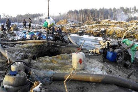 ВРовенской области произошла драка между добытчиками янтаря иполицией