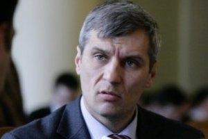 Кошулинский не может подавать в суд на регионалов-совместителей