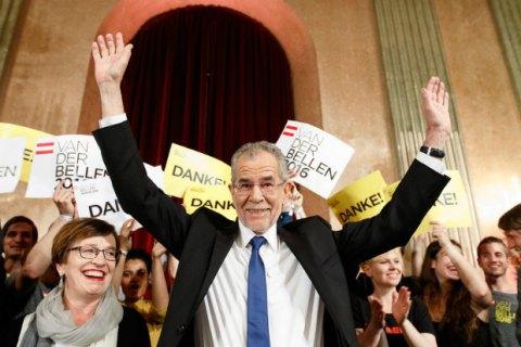 Александр Ван дер Беллен стал президентом Австрии