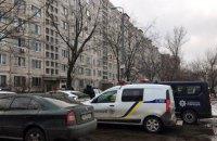 Полиция Киева со стрельбой задержала забаррикадировавшегося в квартире мужчину