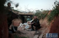 Боевики пытались штурмовать позиции военных в районе Новотроицкого