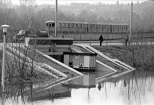 Потоп у ст. м. Гиропарк в 1970-м году