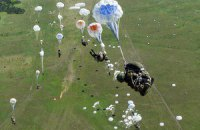 В Псковской области РФ начались масштабные учения ВДВ