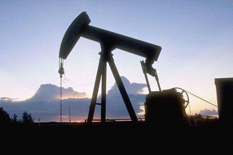 Ціна нафти Brent впала нижче 33 доларів забарель