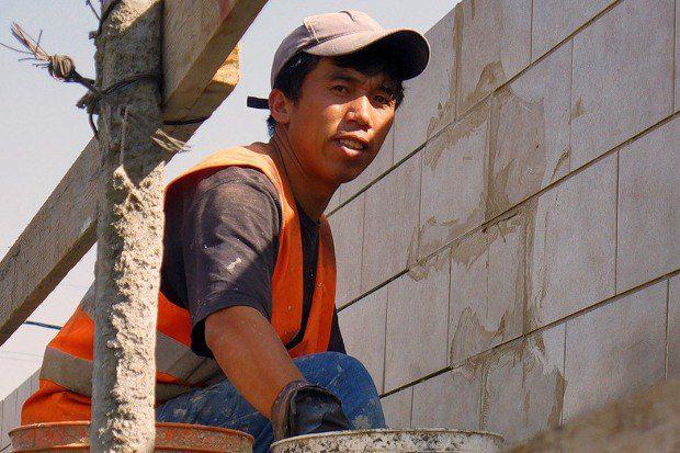 Трудовые мигранты зачастую становятся главными инвесторами на своих малых родинах