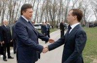 Янукович пожелал Медведеву крепкого здоровья и благополучия