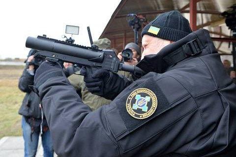 """Турчинов: Украина разрабатывает более мощное оружие вместо """"Сапсана"""""""
