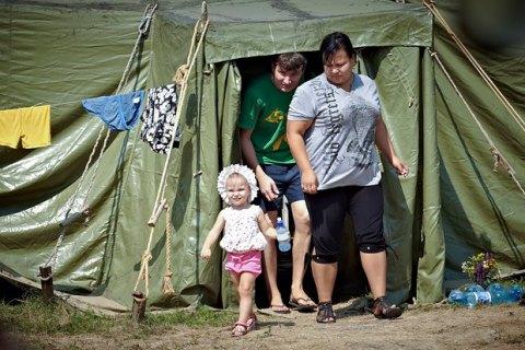 Глава Донецкой ВГА против отселения беженцев в сёла центральной Украины