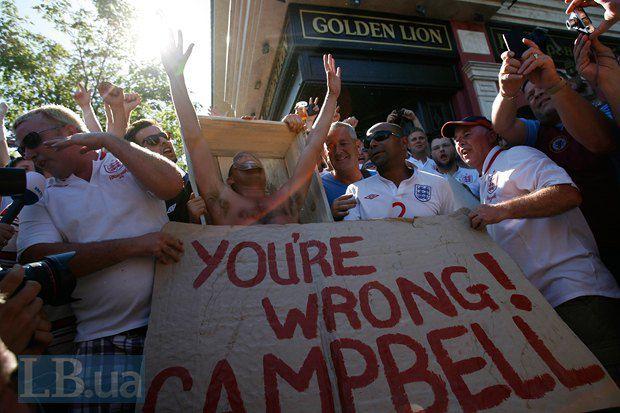Английские болельщики против политизации футбола на Евро-2012