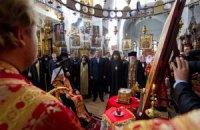 Янукович открыл возрожденное подворье монастыря