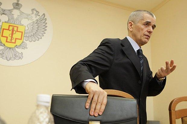 Глава Роспотребнадзора Геннадий Онищенко крайне выборочно подходит к поставкам импортных продуктов
