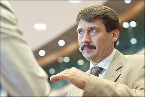 Президенту Венгрии не до Евро-2012