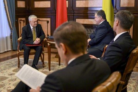 Порошенко принял верительные грамоты уновых послов Польши, Азербайджана иИрака