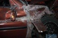 В Киеве на Южном мосту неуправляемая Honda протаранила отбойник