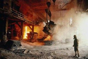 В Донецкой области из-за повреждения железной дороги могут остановиться метзаводы
