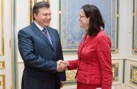 Янукович ждет от ЕС упрощения визового режима