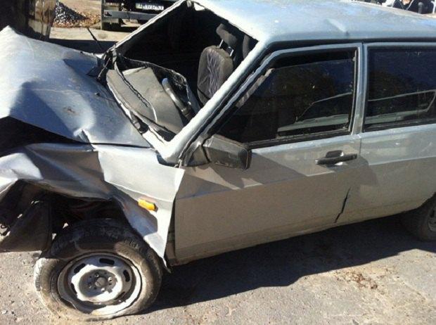 Автомобіль зчотирма підлітками впав змоста: є жертви