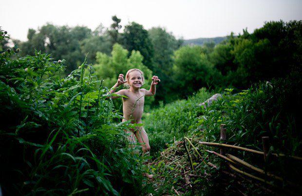 Ульяне скоро исполнится восемь - он сызмальства в основном общается со взрослыми, а не с ровесниками. Кое-кто видит в этом скрытую угрозу, мы же «ничего такого» не заметили - ребенок как ребенок, вдобавок - здоровый