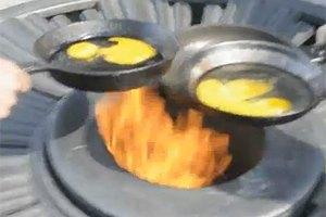 Подозреваемого в приготовлении яичницы на Вечном огне отпустили под подписку о невыезде