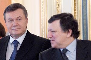 "Янукович встретился с Баррозу ""тет-а-тет"""