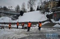 Кличко поручил ответственным за уборку снега службам закончить работы в понедельник