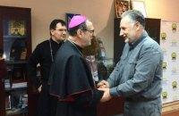 Ватикан виділить €200 тис. для потреб жителів Авдіївки, - Жебрівський