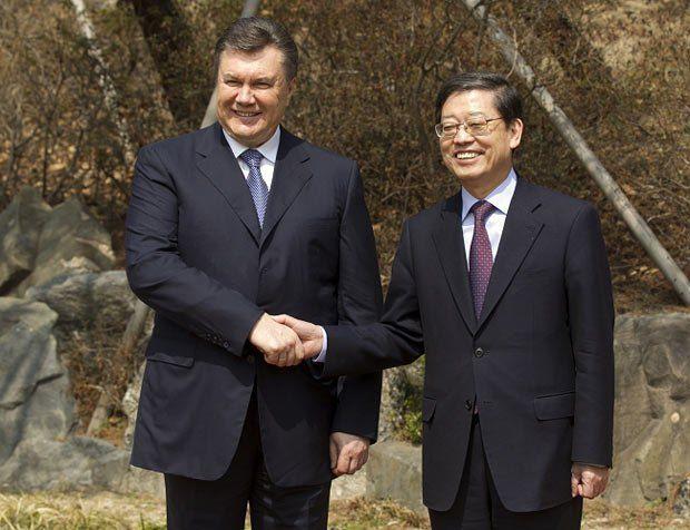 Ким Хван Сик и Виктор Янукович