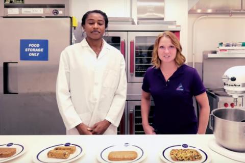 НАСА заменит тюбики скосмической пищей нафруктовые батончики
