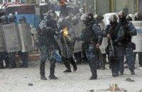 Порошенко призвал Януковича вывести из Киева все спецподразделения