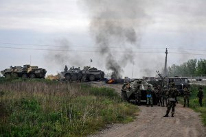 В Славянске начались бои возле телебашни