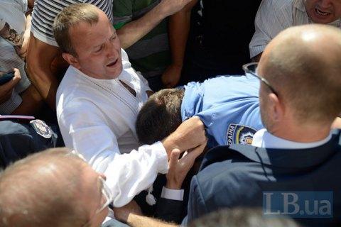 Сиротюку отменили ночной домашний арест