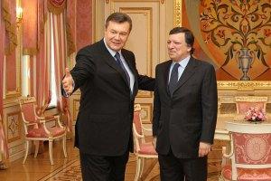Янукович обсудил с Баррозу подготовку к вильнюсскому саммиту
