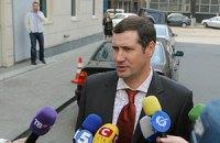 Адвокат Тимошенко жалуется на тотальный контроль