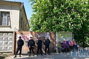 В Киеве на Барбюса произошел конфликт между застройщиком и местными жителями (обновлено)