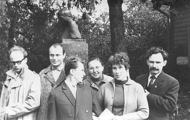 Иван Светличный - крайний справа