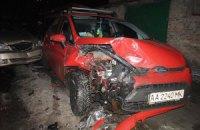 Неадекватный СБУшник в Киеве протаранил три машины